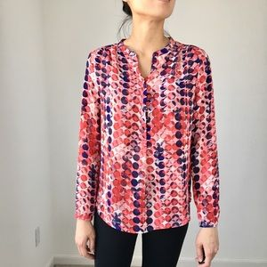 LIZ CLAIBORNE Red blue blouse top.